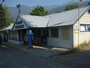 Seiad Valley Cafe and General Store.jpg