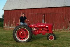 Max Armstrong On tractor
